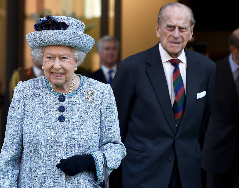 Segundo admitiu, foram muitos anos tateando e aprendendo a encontrar seu lugar à sombra da rainha e no coração dos britânicos, e no fim conseguiu um alto índice de popularidade, como sua esposa