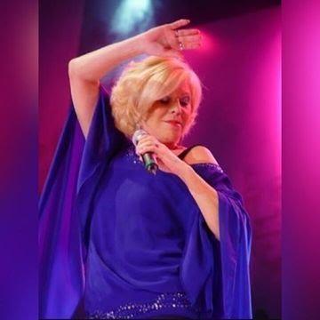 Vanusa gravou mais de 20 discos e atuou nos palcos do teatro